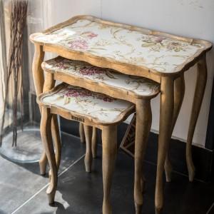 Sezzatini A Three Table Set Isotta